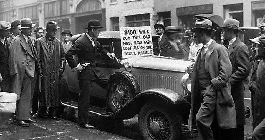 Walter-Thornton-tries-to-sell-his-luxury-roadster