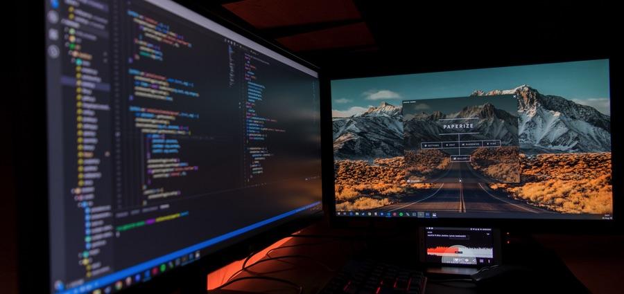 dual-computer-screens